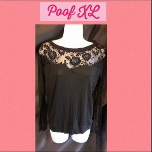 Tops - Poof XL laced black long sleeve top.